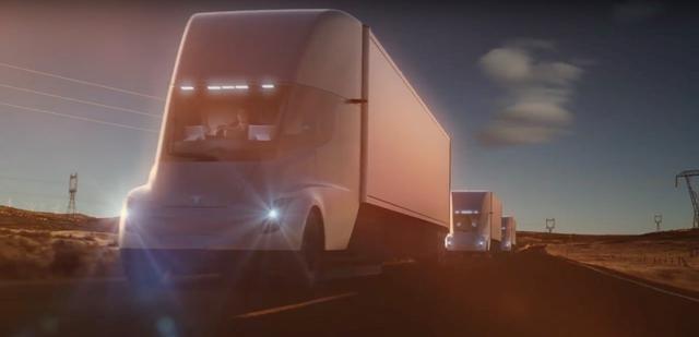 特斯拉获百事公司100辆电动半挂卡车订单